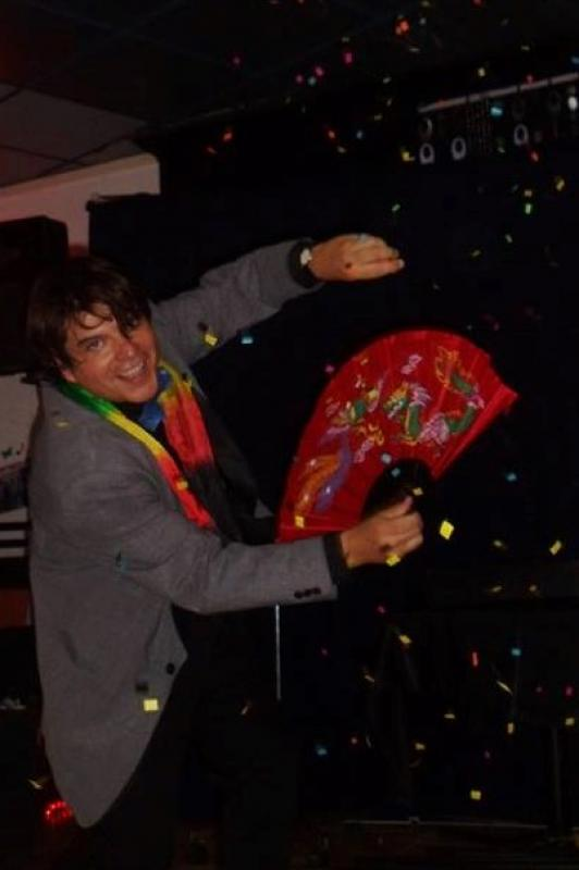 Magician Olivier Klinkenberg OK MAGICS confettistorm stage magic trick in Tenerife Spain September 2015