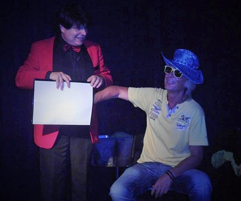 Magician Olivier Klinkenberg OK MAGICS interactive comedy magic trick with funny spectator in Tenerife Spain July 2015